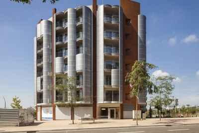 Новые квартиры в Барселоне в верхней части города рядом со стадионом Камп Ноу